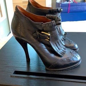 Alexander McQueen black leather bootie shoes